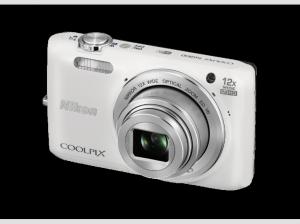 NIKON-Coolpix-S6800-weiß-Kompaktkamera-(16-Megapixel--12x-optischer-Zoom--7-5-cm---3-Zoll)